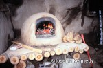 Cob oven a natural building technique by Michae G. Smith