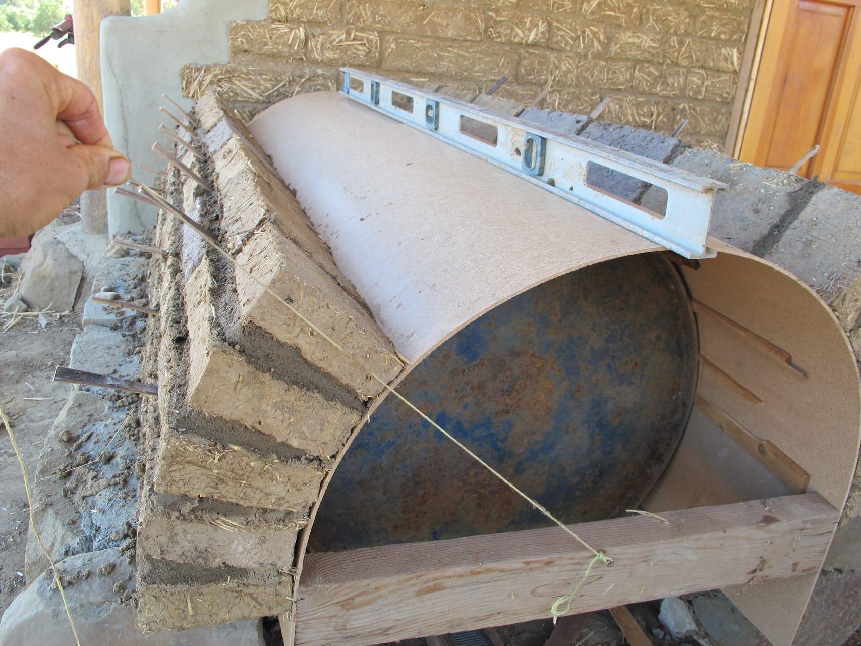 Vault Oven Straw Clay Wood